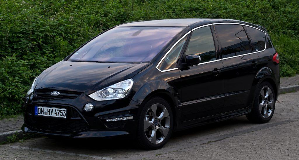 Ford-S-Max-Auto-di-Famiglia-1024x548